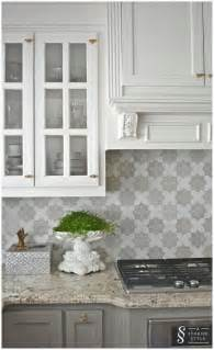 grey kitchen backsplash 25 best ideas about cabinet colors on kitchen