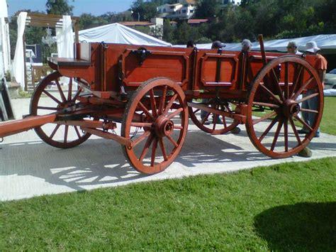 fotos de carretas de epoca hermosa carreta de carga antigua de color original llena