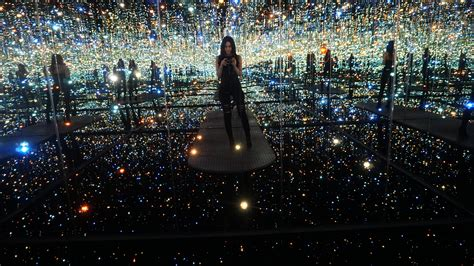 where is the infinity room the broad museum downtown glam the city