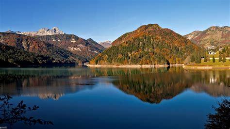 al lago sauris il lago tra i monti della carnia itinerari al lago