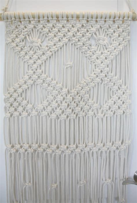 Macrame Patterns For Beginners - 11 modern macrame patterns happiness is