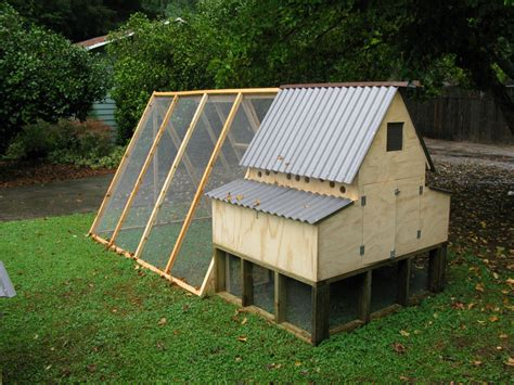 Handcrafted Chicken Coops - for the birds handmade chicken coops page 2