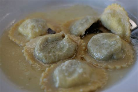 come cucinare ravioli ricetta ravioli al tartufo ricette di buttalapasta
