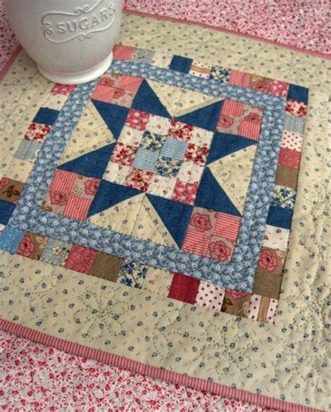 Small Patchwork Projects Free - 25 best ideas about mini quilt patterns on