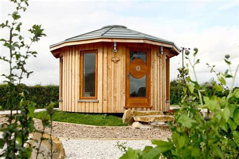 small eco friendly homes tiny eco friendly roundhouses by rotunda