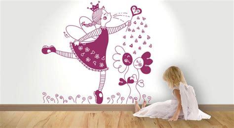 los murales  vinilos renuevan tu hogar