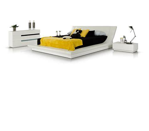 dreamfurniture com 200300q stuart contemporary platform dreamfurniture com polar modern white bedroom platform bed