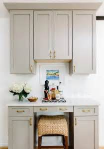 kitchen cabinets with crown molding kitchen cabinet crown molding design ideas