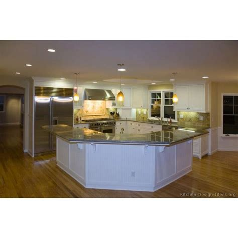 l shaped kitchen with island layout 1000 ideas about l shaped island on pinterest curved