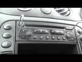 how to remove the cd player stereo in a citroen c2 youtube
