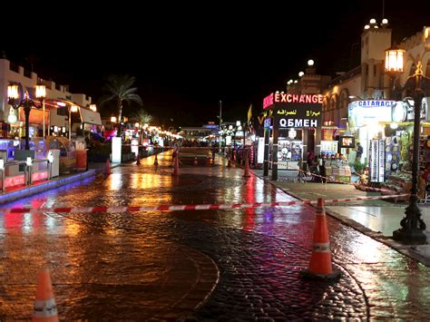 pictures  sharm el sheikh show town abandoned