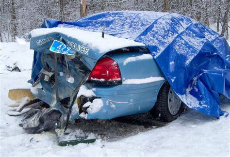 nys move over law section maine state police call on drivers to give them space