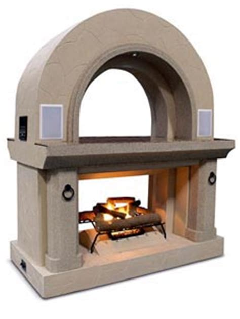 options for outdoor fireplaces let you think big or small