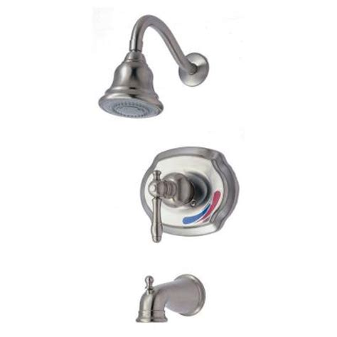 Glacier Bay Shower by Glacier Bay Lyndhurst 1 Handle Tub And Shower Faucet In