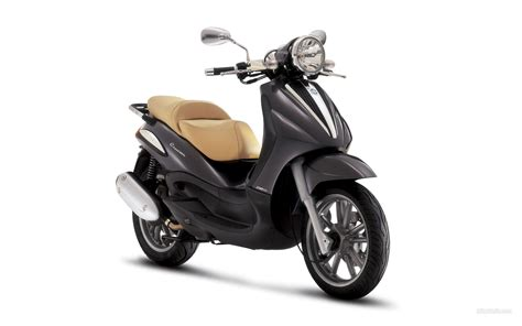 piaggio beverly 250 1920x1200 c38 tapety na pulpit
