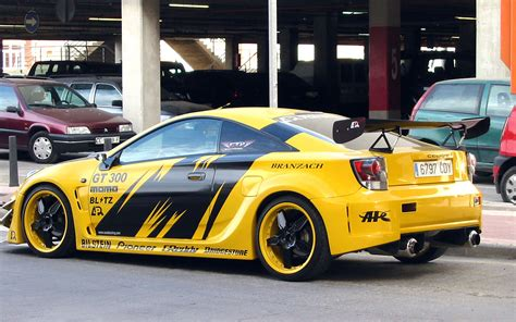 yellow toyota toyota celica car pictures and model information