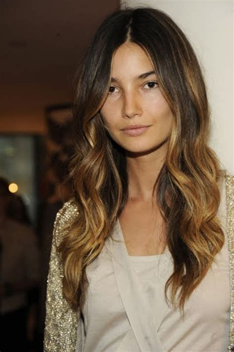 how to get a soft wave in a bob haircut 5 ways to get loose waves theglitterguide com