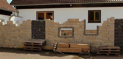 gartenmauern beispiele gartenmauern garten wissen