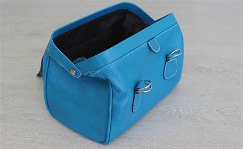 Trousse de toilette homme   modèle besace   Cuir Bleu Artic (trousse de toilette bleu)   hurbane