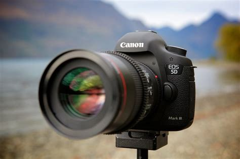 Sensor Set Cross A7 report suggests across the board spec bump for canon 5d