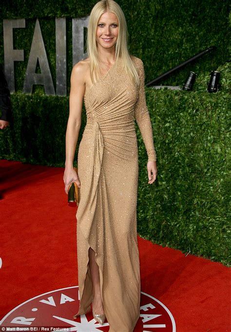 Vanity Fair Gwyneth Paltrow by Gwyneth Paltrow Denies Claims She Asked Friends To Boycott