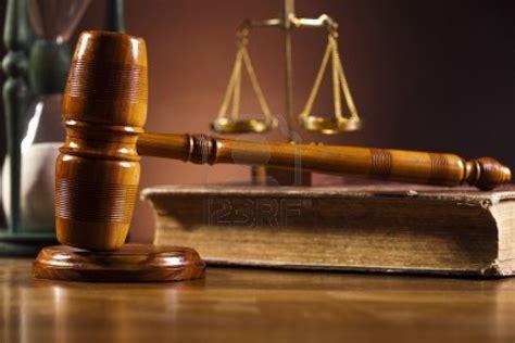 imagenes dela justicia 14232277 madera abogado de martillo el concepto de la