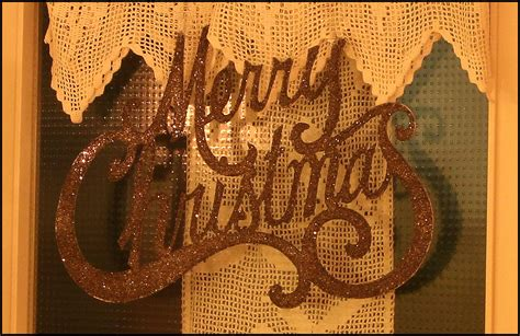15 stunning christmas door decoration ideas christmas