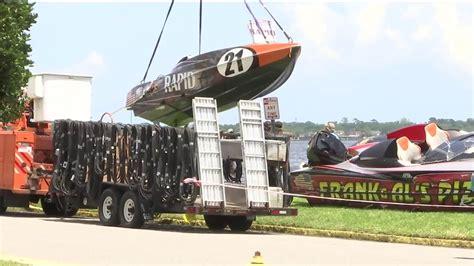 boat crash jacksonville florida central florida firefighter dies in powerboat crash on st
