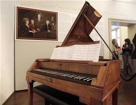 the eighteenth century fortepiano grand and its patrons from scarlatti to beethoven books mozart s piano returns to vienna pursuitist