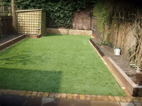 Using Railway Sleepers As Garden Edging by Best 25 Railway Sleepers Garden Ideas On