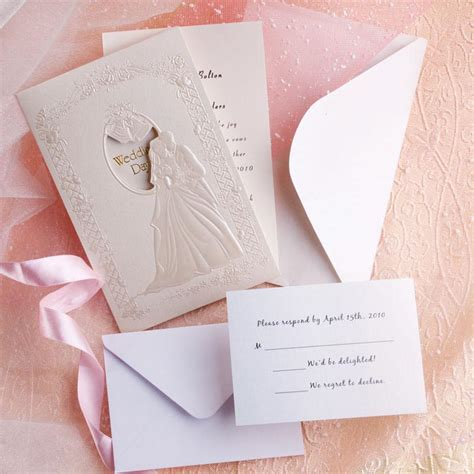 difference of modern and classic wedding invitations - Cheap Wedding Invitations