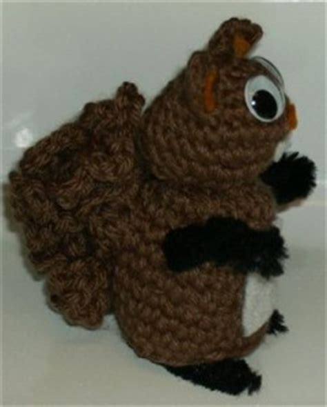 knit and crochet for fall acorns and squirrels free knit and crochet for fall squirrels free patterns