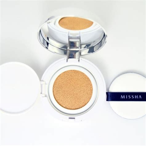 Missha M Magic Cushion Spf50 Pa m magic cushion cover spf50 pa missha