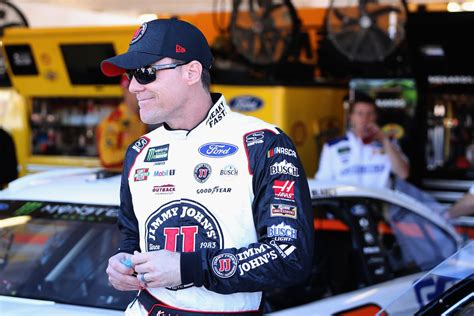 kevin harvick fan club kevin harvick unhappy with social media s influence in