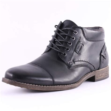 mustang 4877 502 9 mens ankle boots in black