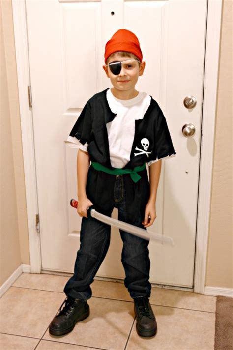 diy pirate costume diy pirate costume in 5 minutes and less than 5 dollars clever pink pirate