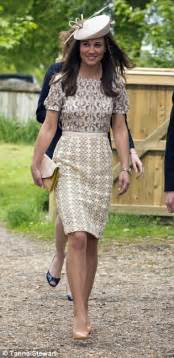 pippa middleton duchess of cambridge s sister steps out