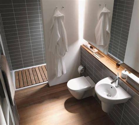 Badezimmer Fliesen Günstig by Die Besten 20 Fliesen Anthrazit Ideen Auf