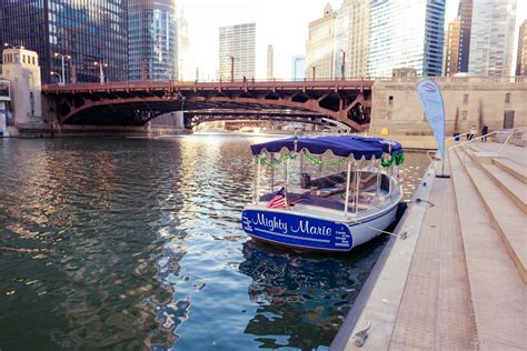 kayak chicago electric boat rental rent a boat for a day chicago