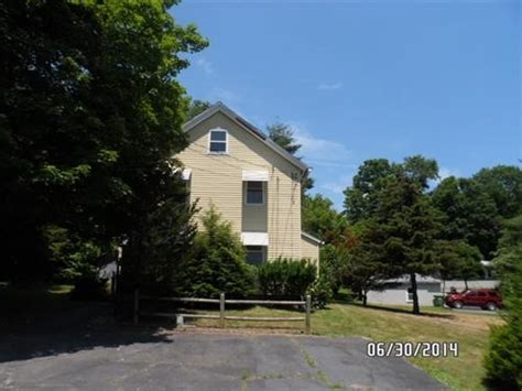 houses for sale cromwell ct 16 christian hill rd cromwell ct 06416 foreclosed home information foreclosure