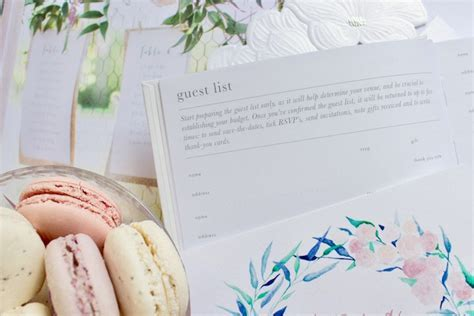 little white bundle: wedding planning book and PDF guide