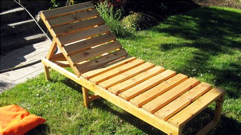Reclining Lawn Chair by Reclining Lawn Chair Plastic Also Aluminum Chairs With And