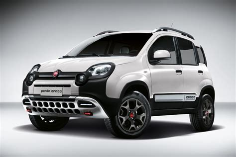 Schonbez Ge Auto Fiat Panda by Fiat Auf Dem Internationalen Autosalon In Genf