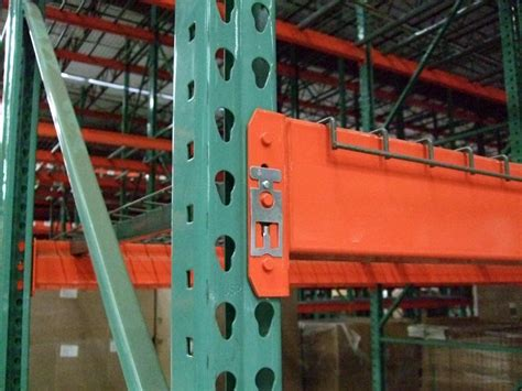 Teardrop Racking by Pallet Rack