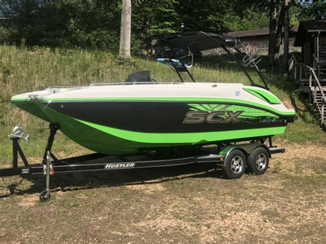 starcraft boats scx 2017 starcraft boats 231 scx io surf black lime green
