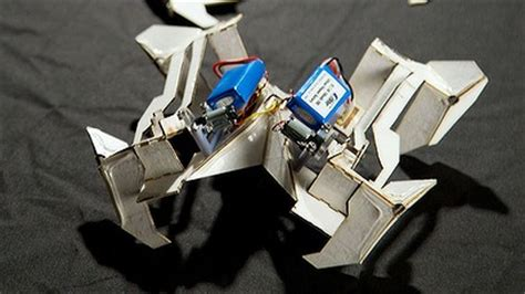 How To Make An Origami Robot - robot that can fold up like origami