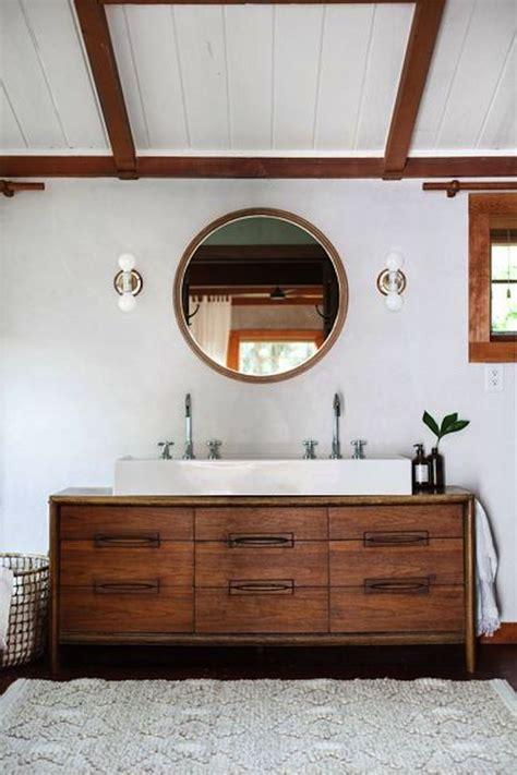 rustic modern bathroom 25 best ideas about rustic modern bathrooms on