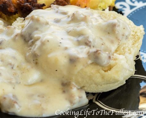 country style sausage gravy recipe country style sausage gravy cooking to the fullest