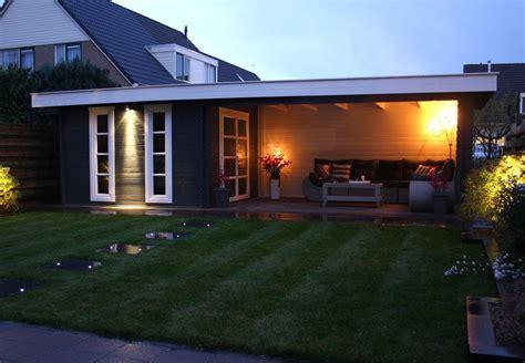 ideeen voor tuinhuis dak tuinhuis met plat dak en veranda idee 235 n voor het huis