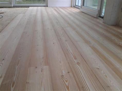 pavimento in larice falegnameria generale pavimento con tavole in larice
